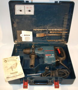 Bosch Sds plus 11236vs Hammer Drill W hard Case Bits Excellent Condition