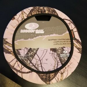 New In Package Steering Wheel Cover Mossy Oak Brand Camo Pink Camo Soft Cover