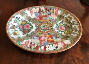 Antique Chinese Rose Medallion Hand Painted Platter C1800