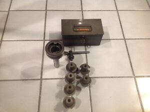 Bridgeport Quick Change R8 Mill Master With Adapters Chuck And Case