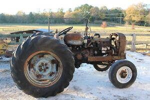 Antique Ford Tractor Fordson Major Diesel Parting Out 16 9 X 30 Rim And Tire