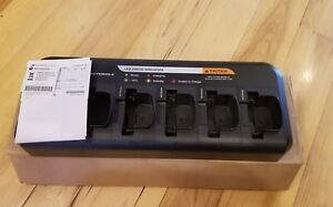 Motorola Oem Pmln6588a Universal 6 Unit Charger Cp200d Buyitnow Get2 Free Radios