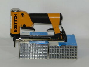 Upholstery Stapler Bostitch 21671b Staple Gun Industrial 2 Bxs Staples