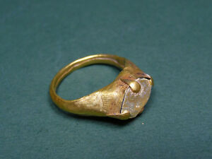 Ancient Ring Gold Glass Magical Eye Golden Patina Roman 300 500 Ad
