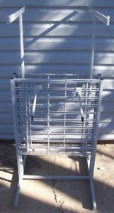 Store Display Fixtures New Clothing Garment Clothes Rack 4 Arms W Grid Area