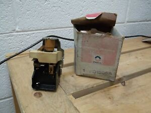 1969 1975 Camaro Chevelle Nova Gm Nos Headlight Switch Gm 1995216 1995192