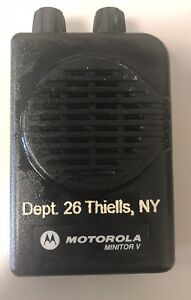 Motorola Minitor V Pager Uhf 470 477 9875 Mhz 1 Channel W charger 7