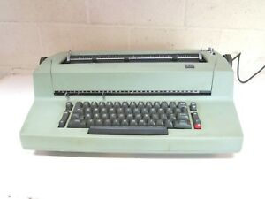 Classic 1970 s Ibm Selectric Ii Green Electric Typewriter Please Read As is N2