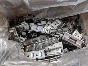 Box Of 250 Standing Seam Roof Clips Perm Loc 1 18 Ga 304 Ss Stainless Steel