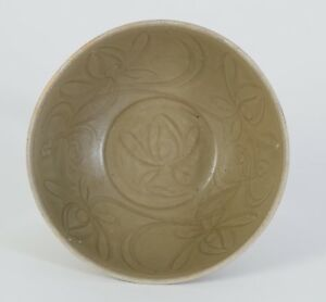 China Chinese Celadon Pottery Bowl Lotus Decor Song Yuan Dynasty Ca 10 13th C