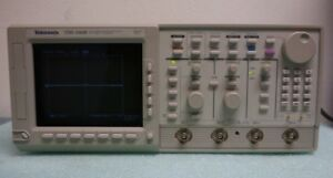 Tektronix Tds540b 500 Mhz 2gs s Digital Oscilloscope