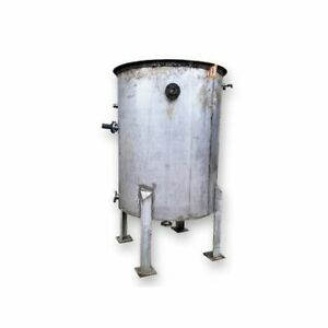 Used 585 Gallon Stainless Steel Tank With Open Top With Pipe Coils