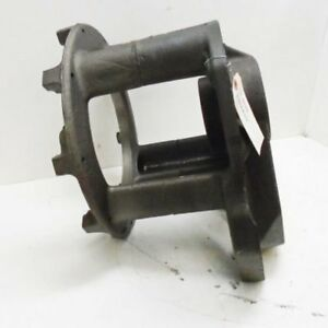 Used Clutch Carrier Housing Case 1270 1370 2390 A66979