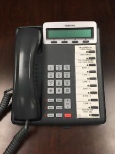 Toshiba Dkt3210 sd Charcoal Speaker Display Telephone Phones Used Lot Of 13