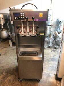 Frozen Yogurt Machine Stoelting Model F231 1812 ot2 water Cooled