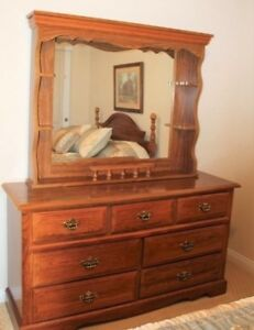 Vintage Solid Oak Dresser And Mirror Pristine Condition
