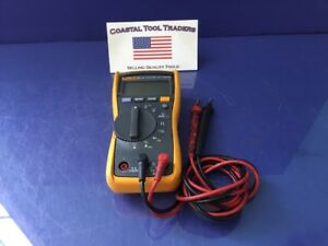 Fluke 115 True Rms Multimeter a1