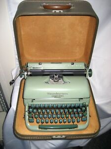 Refurb Remington Miracle Tab Quiet riter Eleven Portable Manual Typewriter