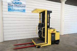 2008 Hyster R30xm 3 000 Lb Order Picker Three Stage Mast Only 1 002 Hours