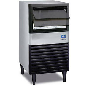 Compact Undercounter Ice Machine Air Cooled 95 Lbs Prod 30 Lbs Bin Storage