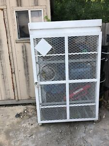 Forklift Propane Tank Storage Cage Holds 12 Cylinders