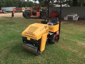 Vibratory Roller Briggs Stratton 13 5 Hp Parker Hydraulics Road And Asphalt