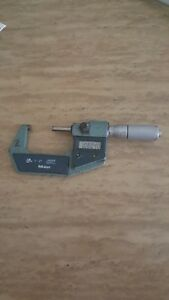 Mitutoyo Electronic Digital Micrometer 1 To 2 In 293 370