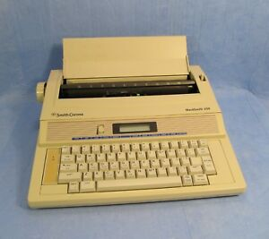 Smith Corona Wordsmith 250 Portable Electronic Display Typewriter