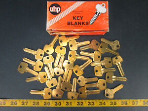 Lot Of 30 Brass Curtis Key Blanks Model No S4 Ultra Hardware New Old Skuigs