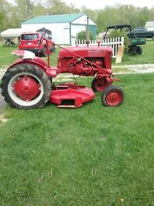 1951 Vintage Farmall Cub Tractor With Belly Mower new Carburetor
