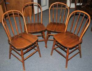 Set Of 4 Original Antique 1850s American Windsor Farm Chairs 2 For Parts Repair