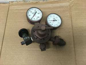 Set Of 2 Victor Technoogies Oil Gauges Glass Window 1424 0019 And 1424 0016