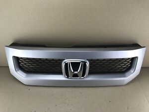 2010 2011 Honda Element Front Upper Grille Oem Used