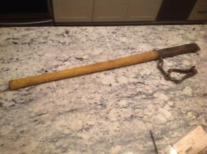 Vintage F J Townsend Painted Post Farm Primitive Barbed Wire Fence Stretcher