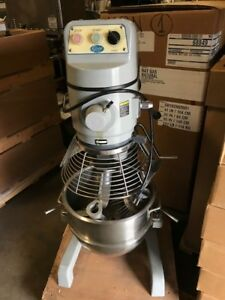 Globe Sp30 Gear Driven 30 Qt Commercial Planetary Floor Mixer
