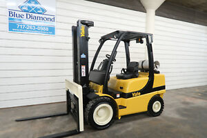 Yale Glp060vx 6 000 Pneumatic Tire Forklift Lpg 3 Stage S s 3 688 Hours