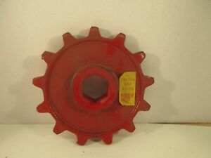 Nos Ford New Holland Round Baler Driven Sprocket 286254
