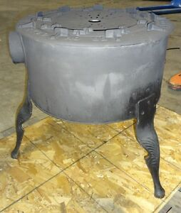Old Fashioned Cast Iron Brick Lined N gas ekco Stove With Jet Ring Burners