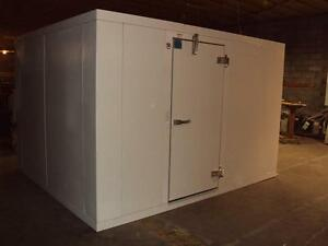 8 x16 x7 10 New Foster Walk In Cooler With Refrigeration no Floor