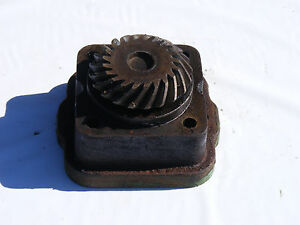 Antique John Deere 1010 Gear Housing Pump Drive Farmerjohnsparts