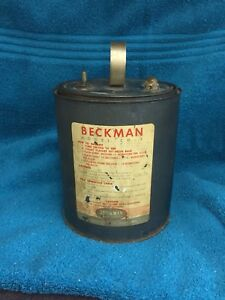 Beckman Instruments Radiation Detector Meter Geiger Counter Cd 3 Paint Can