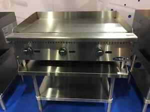 New 36 Flat Griddle Manual Ctl With Stainless Equipment Stand Package Deal Gas