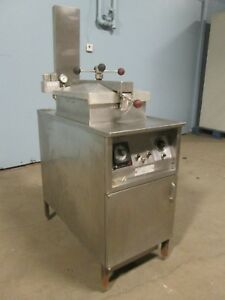 henny Penny 500 Commercial H d 208v 1ph Electric Pressure Fryer W filtration