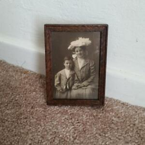 Tiny Vintage Victorian 2 5 8 X 3 3 4 Oak Wood Picture Frame Antique Doll House