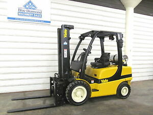 2008 Yale Glp060 6 000 Pneumatic Tire Forklift 3 Stage S s