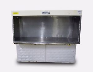The Baker Company 6 Edgegard Laminar Flow Clean Bench Eg 6252