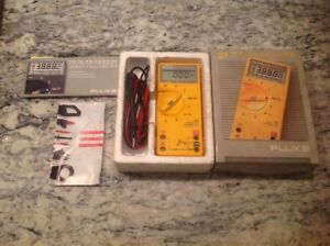 Fluke 21 Series Ii Multimeter W cables Tested Excellent Shape In Box Free Ship