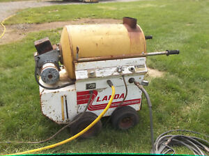 Landa Hot Water Pressure Washer Phw3 700