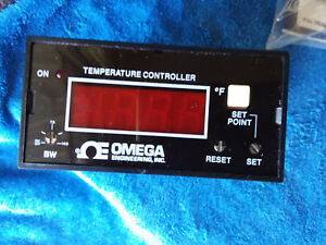 Omega Cn310 j f Digital Temperature Controller
