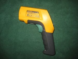 Fluke 566 Ir Infrared Thermometer Lcd Display